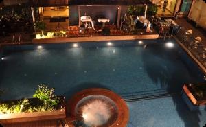 هتل کانتری این هند در دهلی